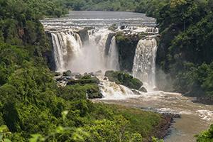 Der Wasserfall Saltos del Monday