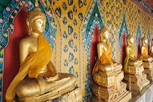 Goldene Buddha-Statuen
